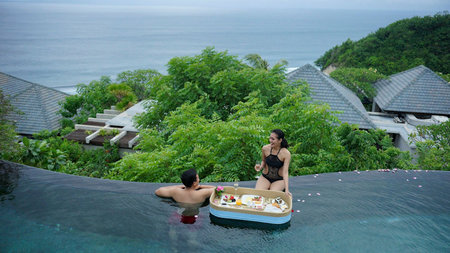 Instagrammable Floating Trays at Banyan Tree Resorts
