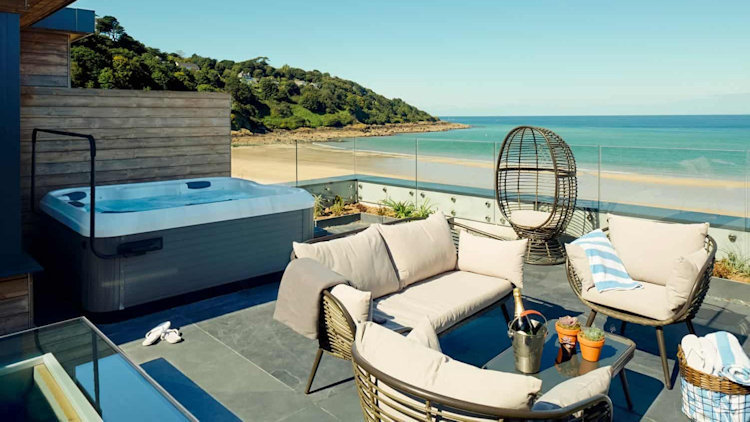 5 Uk Hotels With Private Hot Tubs