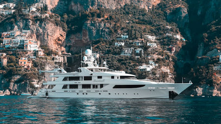 Outfitting a Yacht for Luxury Travel – What You Need