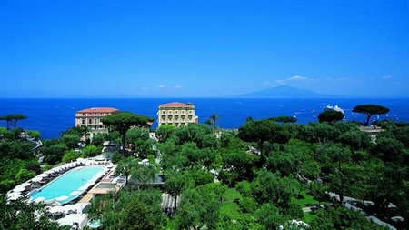 New Lucio Dalla Apartment at Sorrento's Grand Hotel Excelsior Vittoria