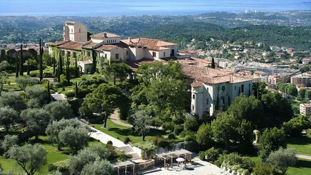 Yoga Retreat Offered at Chateau Saint-Martin & Spa, Provence