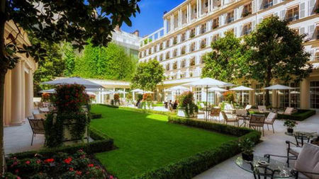 Enjoy a Family Easter at Le Bristol Paris