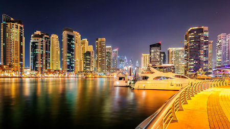 Experience The Glamour of a Big City Yacht Charter