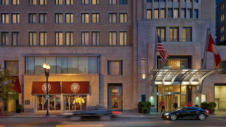 Mandarin Oriental, Boston Named Host Hotel for Harvard-Yale Game