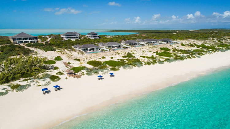 Sailrock Resort Turks and Caicos Offers 35 percent off Travel this Fall