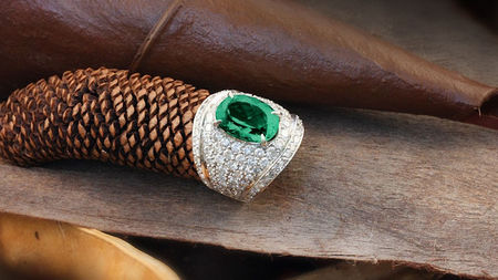6 Facts You Should Know Before Discarding the Thought of an Emerald Engagement Ring