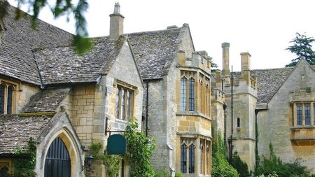 Ellenborough Park Offers Enchanting Winter Wedding Wonderland