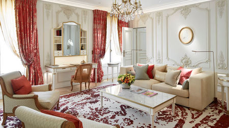 Le Meurice Paris Redesigns Pompadour Suite