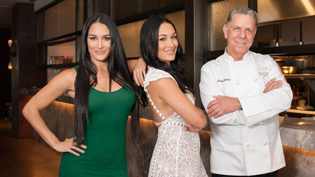 Bella Twins & Chef Beau Mac Team Up for Sunday Supper Club at Mountain Shadows, Scottsdale