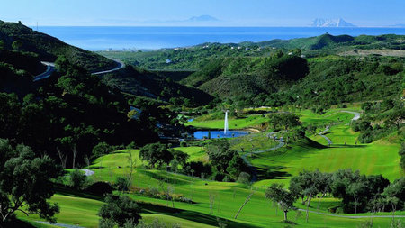 5 Most Luxurious Golf Destinations in the World