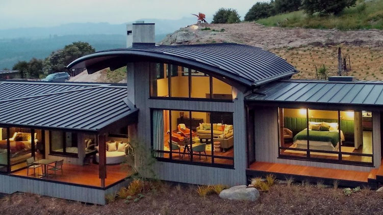 Falcon Brae, New Luxury Lodge Opens in New Zealand