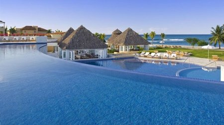 Mexico's St. Regis Hotels & Resorts Invites Couples to Relax & Spa
