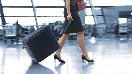 Lazenne - Wine Check Luggage
