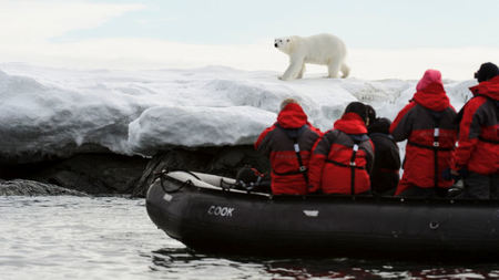 Experience Spitsbergen & the Svalbard Archipelago with ORYX Worldwide Photographic Expeditions