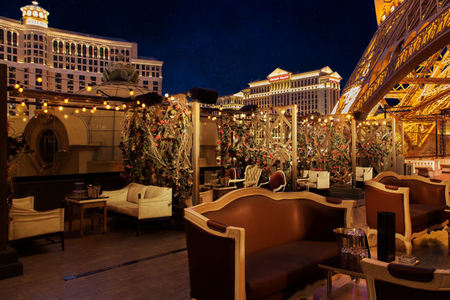 Dazzling Views of Las Vegas from Chateau Nightclub & Rooftop