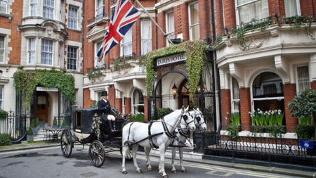 DUKES LONDON Offers Royal Wedding Package