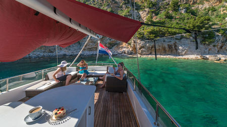 What It's Like Sailing Around Croatian Islands Aboard a Luxury Yacht