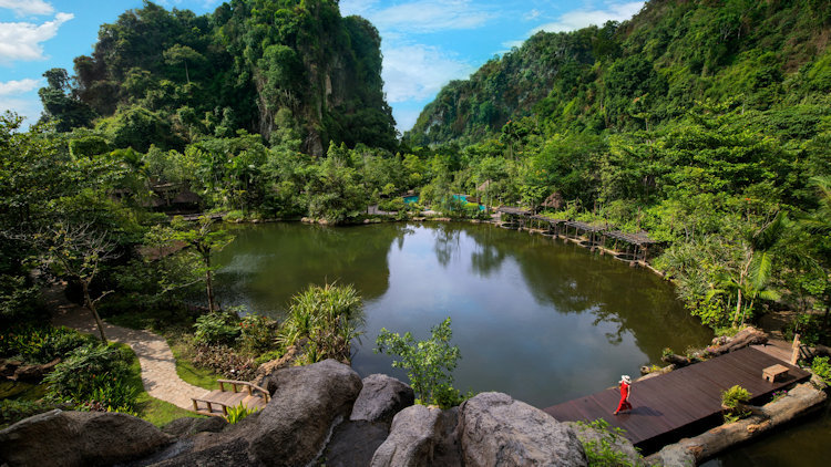 Banjaran Hotsprings Retreat Invites Guests to Escape and Embrace Nature