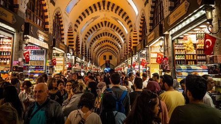 Shopping in Istanbul: The ultimate guide to malls, streets and bazaars
