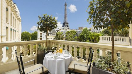 Shangri-La Hotel, Paris Opens New Wing, Private Garden