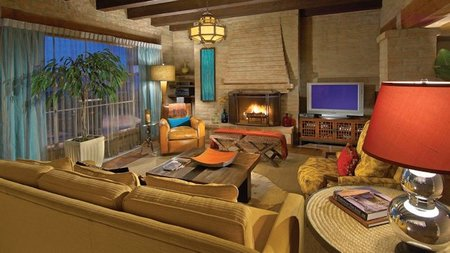 Scottsdale's Sanctuary on Camelback Mountain Offers Guests a Holiday Home in Paradise