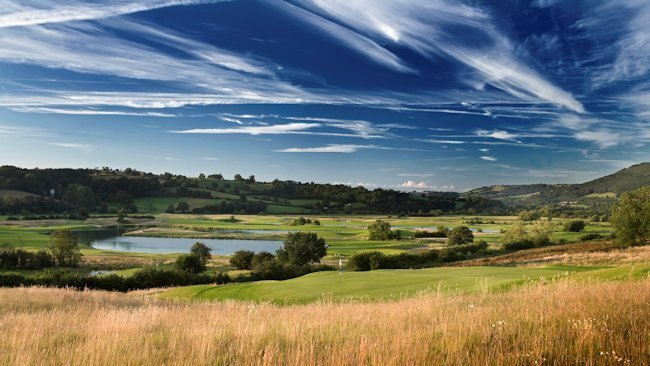 Quality Golf Options Abound in South Wales