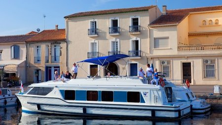Le Boat Offers Self Skippered Cruising & Wine Tourism on Canal du Midi