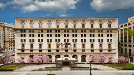 The St. Regis Washington, D.C. Partners with Sylvia Weinstock Weddings