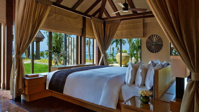 Elevate Your Stay at The Ritz-Carlton, Bali with a Club Experience