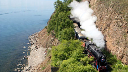 Golden Eagle Luxury Trains Introduces Lavish Romanov Suite
