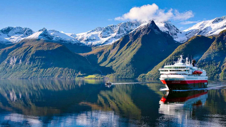 "Hurtigruten's Limited Time ""Freedom Flash Sale"" Offers Travelers up to 50% Off: July 1 – 8, 2020 Only"