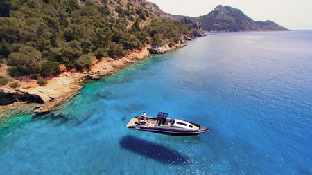 Discover Secret Greece in Superyacht Style