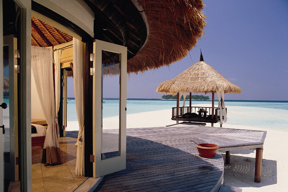 Banyan Tree Vabbinfaru, Maldives - 5 Star Luxury Resort & Spa-slide-2