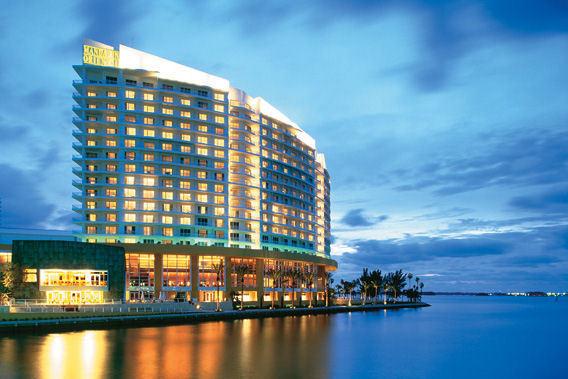 Mandarin Oriental Miami Florida 5 Star Luxury Hotel Slide 3
