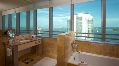 Conrad Miami, Florida Luxury Hotel