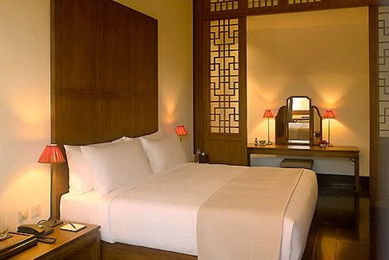 Aman at Summer Palace - Beijing, China - Exclusive 5 Star Luxury Hotel-slide-1