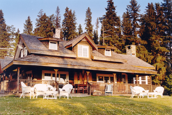 Little Beaver Creek Ranch - British Columbia, Canada - Exclusive Luxury Lodge-slide-3