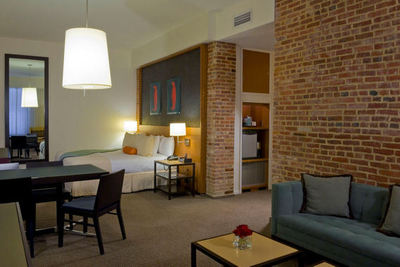 21c Museum Hotel - Louisville, Kentucky - Boutique Hotel