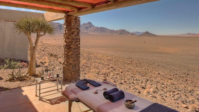 &Beyond Sossusvlei Desert Lodge - Namibia Luxury Safari Camp-slide-3