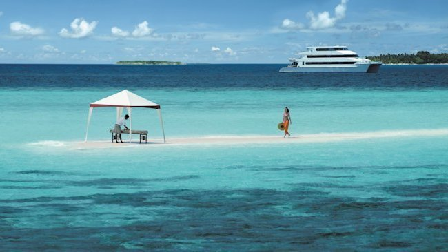 Four Seasons Explorer Yacht - Maldives -slide-5