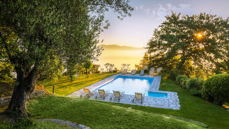 Home in Italy: The Finest Collection of Luxury Villas Since 1994-slide-15