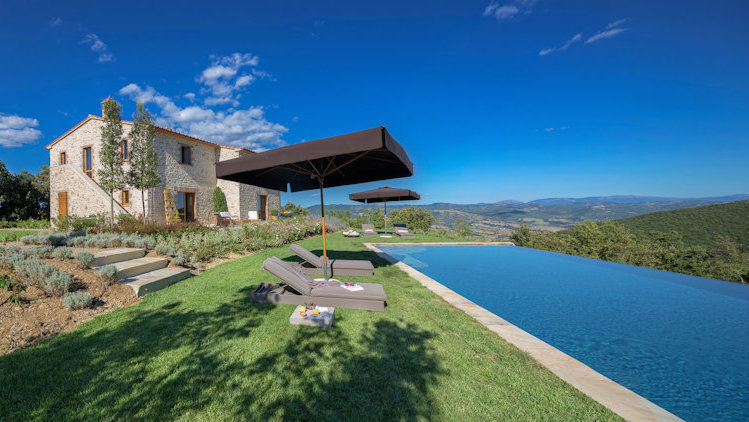 Home in Italy: The Finest Collection of Luxury Villas Since 1994-slide-19