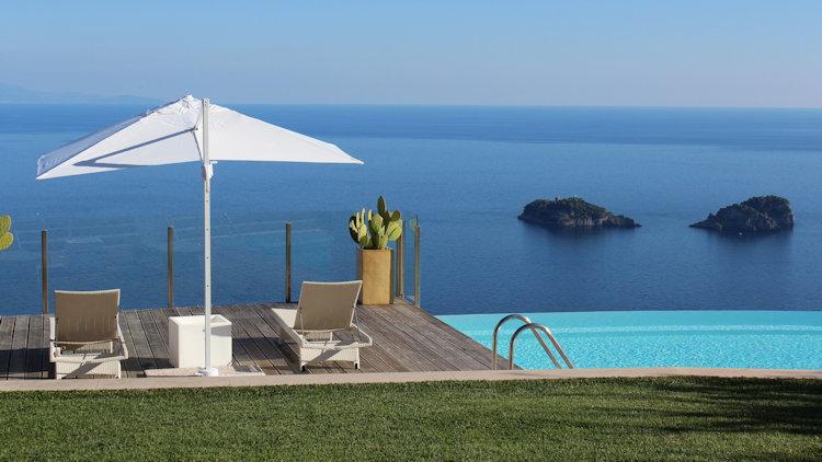 Home in Italy: The Finest Collection of Luxury Villas Since 1994-slide-7