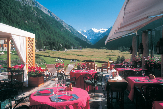 Hotel Bellevue - Cogne, Aosta Valley, Italy - Relais & Chateaux-slide-1