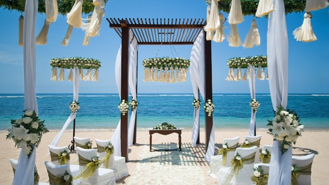 St Regis Bali beach wedding