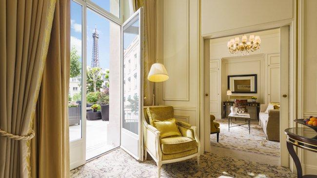 Shangri La Hotel Paris Opens New Wing Private Garden