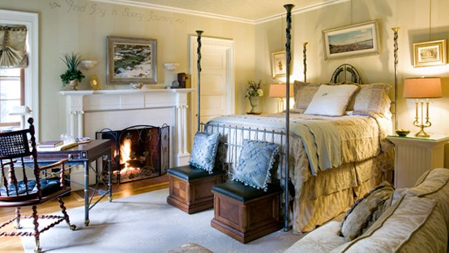 Juniper Hill Inn bedroom