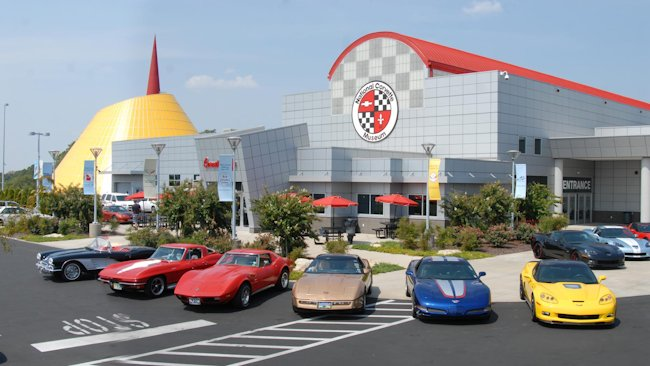 roads lead to bowling green as thousands caravan to corvette museum. Cars Review. Best American Auto & Cars Review