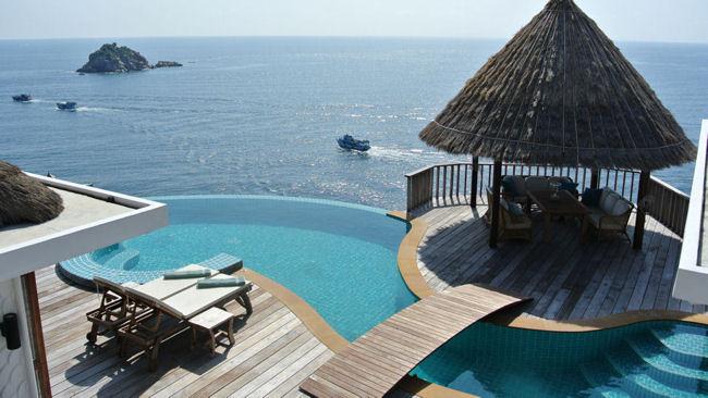 Interview with bo jakobsson manager of villa sabai jai for Koh tao cabana koi pool villa