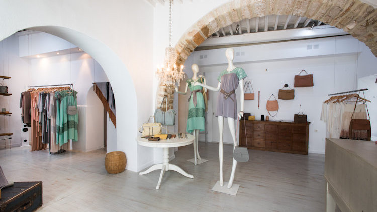 rien shop interior mykonos